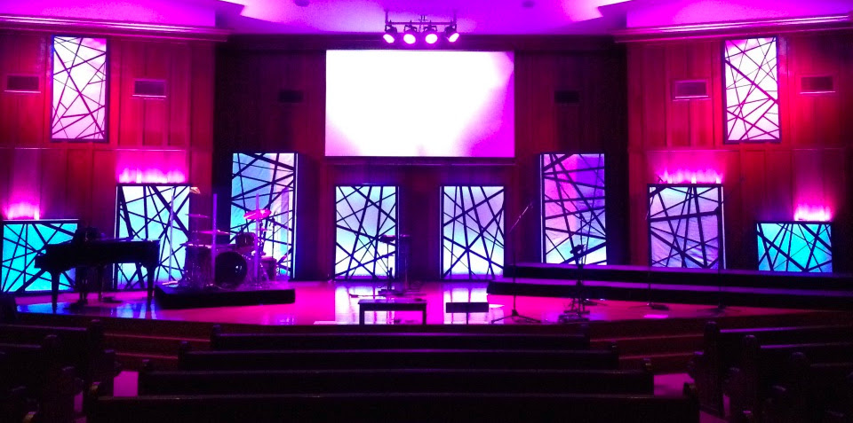 Throwback Tangled Boxes Church Stage Design Ideas Scenic Sets And Stage Design Ideas From Churches Around The Globe