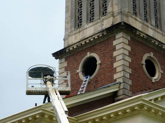P1120035-2012-09-17-Decatur-1st-Baptist-steeple-window-repair