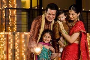 2013-11-02-family_diwali1.jpg