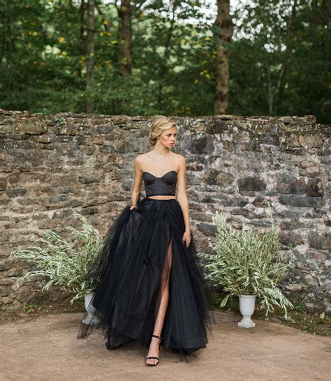 Fall Gothic Bridal Inspiration with a Black Gown   Green