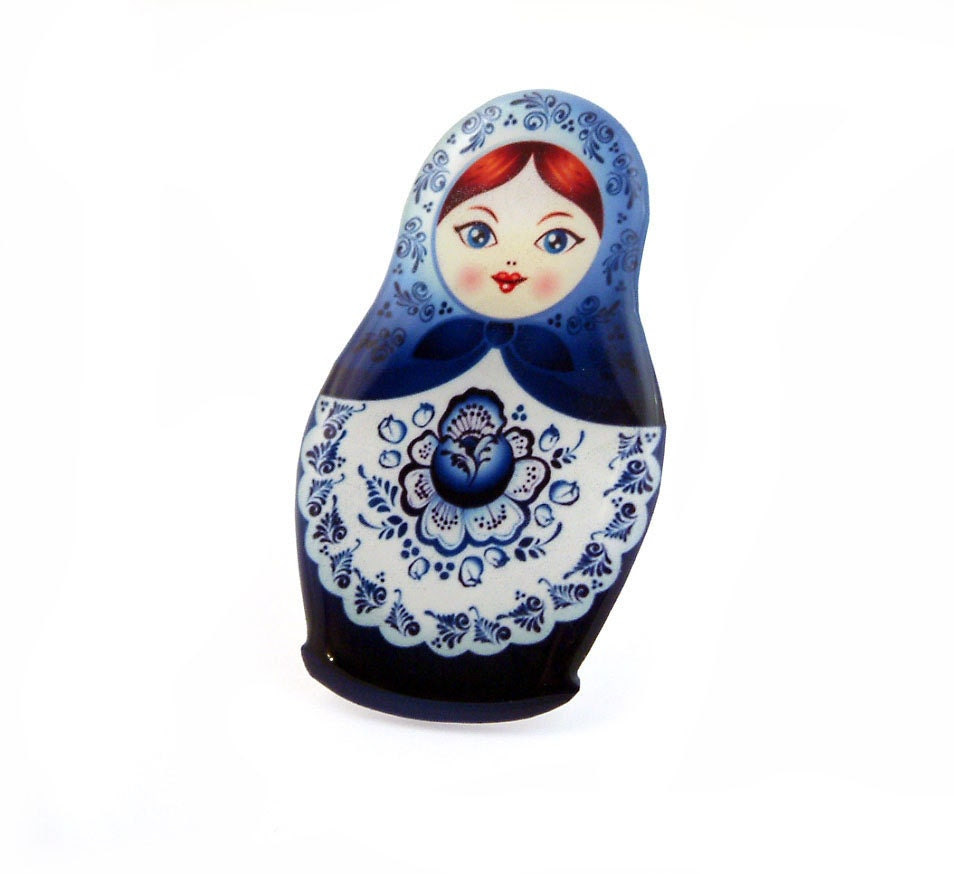 Matryoshka Russian Doll Brooch Badge Pin Blue White Kitsch