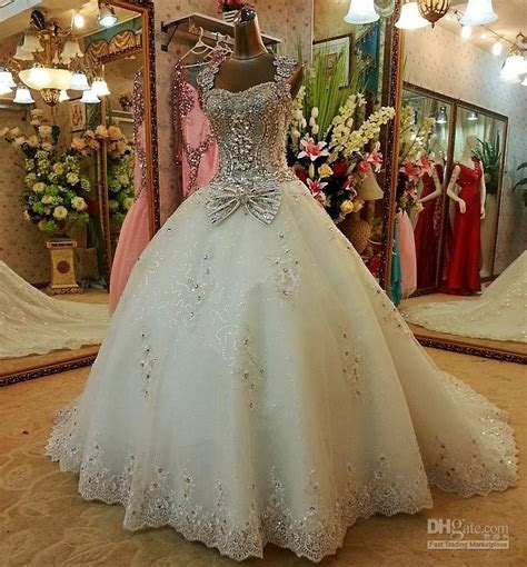 2013 New Style Sexy Crystals Luxury Wedding Dresses