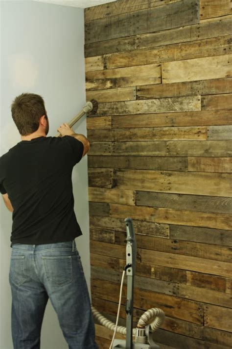 Wood accent wall   FaveThing.com