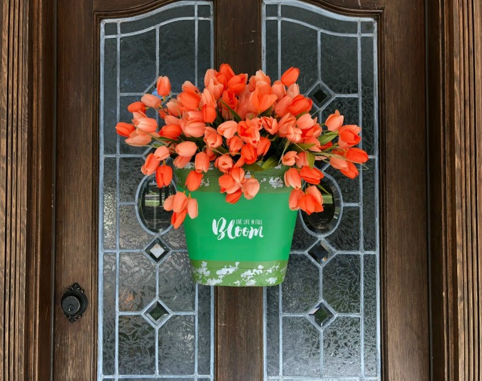 To Make a Tulip Bucket Door Decor