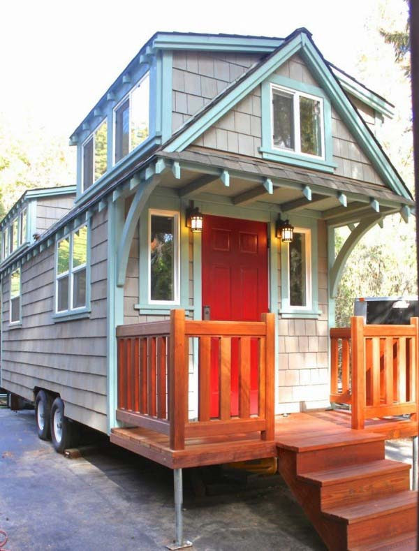 craftsman-bungalow-on-wheels-1