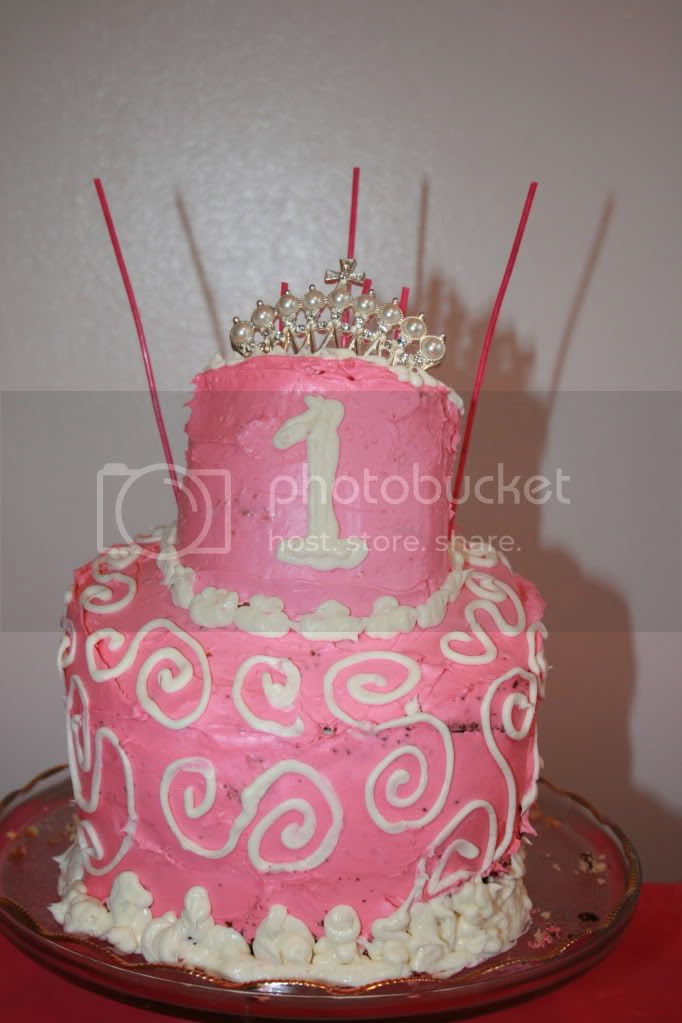 Adelaide's cake made by her daddy!