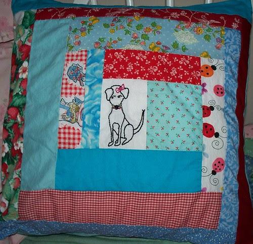 Junie pillow
