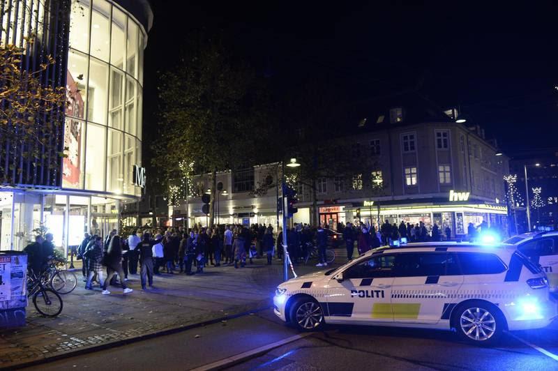 En af to personer, der blev ramt ved skyderiet i Magasin i Lyngby, var en tilfældig 30-årig kvinde. Foto: Mogens flindt