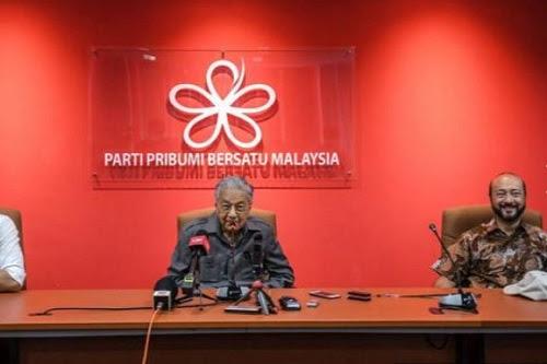 Kenapa Tun M letak jawatan