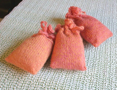 Pink and orange knitted lavender sachets