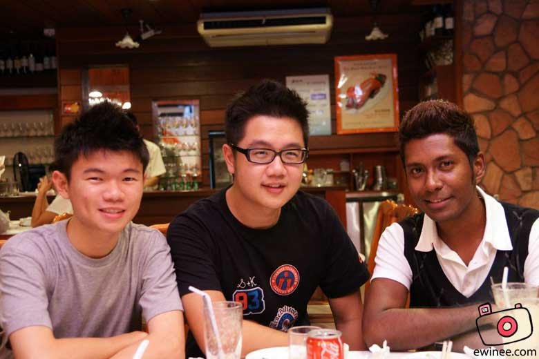 US-in-MAGIC-WOK-DAMANSARA-JAYA-ewinjasonrames