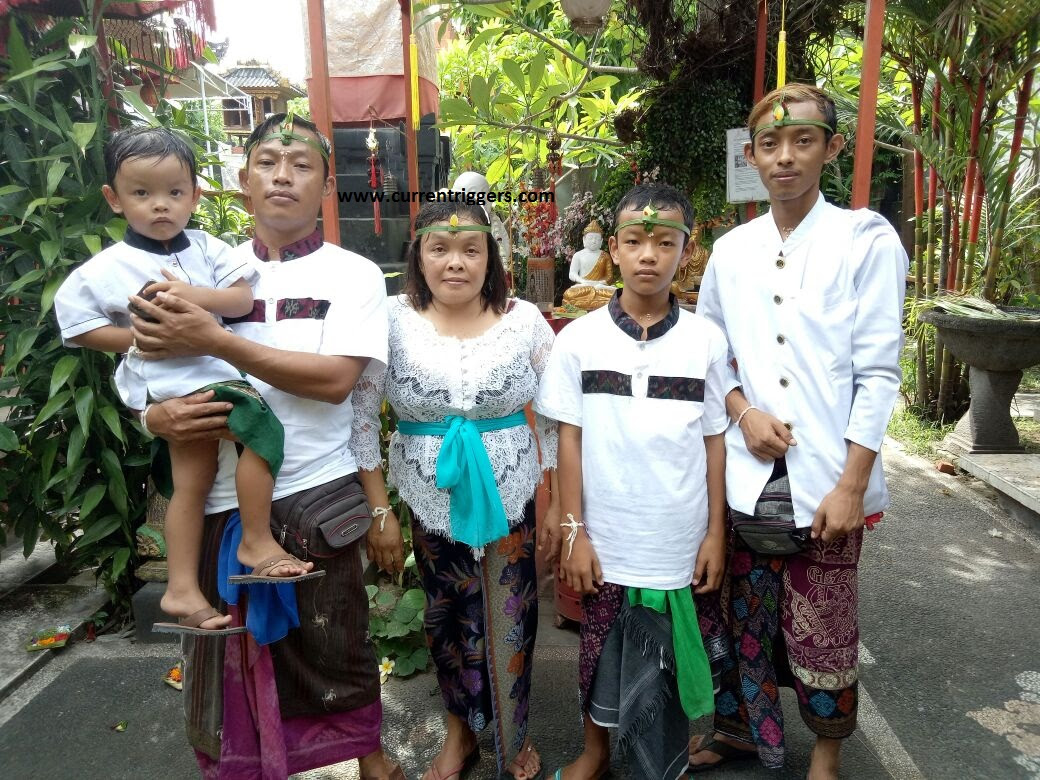 Indonesia: Entire family adopts Hinduism