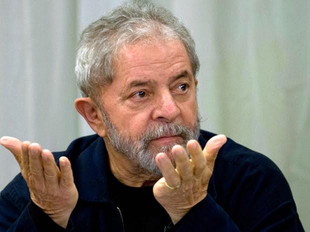 Lula participa de reunião da executiva do PT em São Paulo (Foto: Nelson Almeida / AFP)
