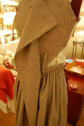 Making a robe a l'anglaise 7