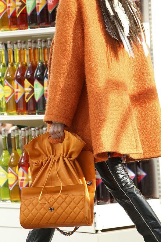photo la-modella-mafia-Chanel-Fall-2014-runway-3_zps672ddf75.jpg