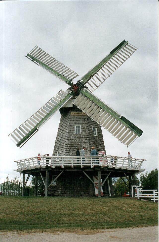 Steinbach windmill.jpg