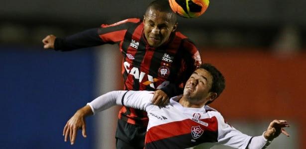 Com o resultado, o Vitória subiu para a sexta colocação, cinco pontos abaixo do Atlético-PR