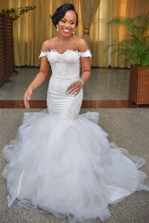 Sexy Mermaid Off the Shoulder Wedding Dresses 2018 Lace Up