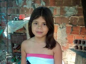 Ângela Kelly Filgueira de Araújo, de 12 anos, morreu ao levar um tiro no olho  (Foto: Reprodução/Marcelino Neto)