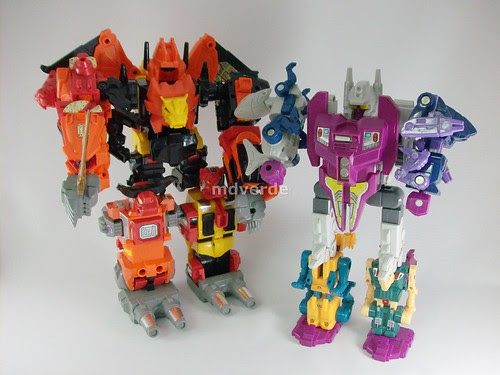 Transformers Predaking G1 vs. Abominus G1