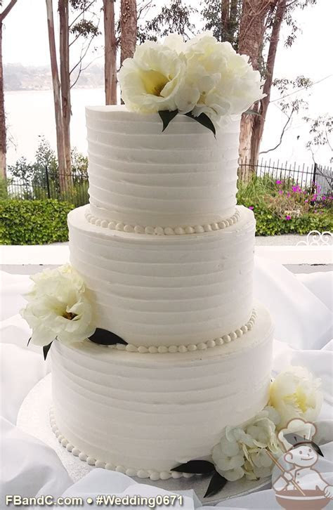 "Design W 0671   Butter Cream Wedding Cake   10"" 8"" 6"