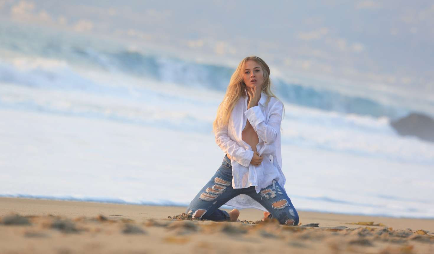 Ellen Alexander – Photoshoot for GQ Russia on the beach in Malibu