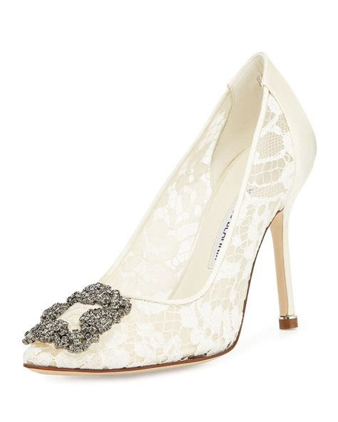 8 Designer Brands for Wedding Shoes: Walk the Aisle in