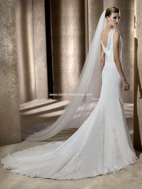 Wedding Dresses and Wedding Accessories