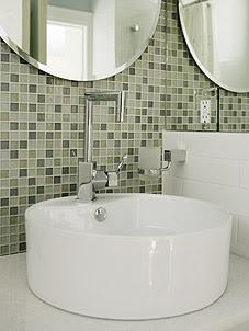 midcentury-family-home-bathroom-image2