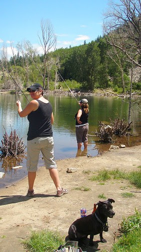 ladies-fishing