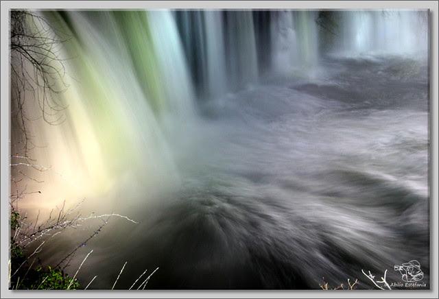 6 Cascada El Peñón de noche
