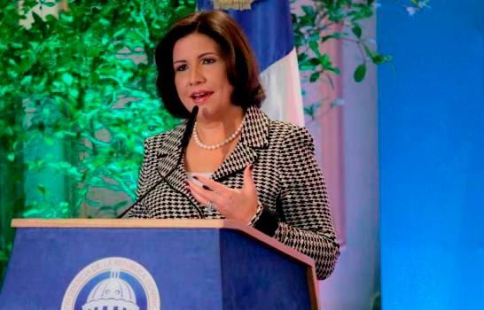 CRISIS POLÍTICA: Margarita renuncia del PLD, pero no de su cargo palaciego