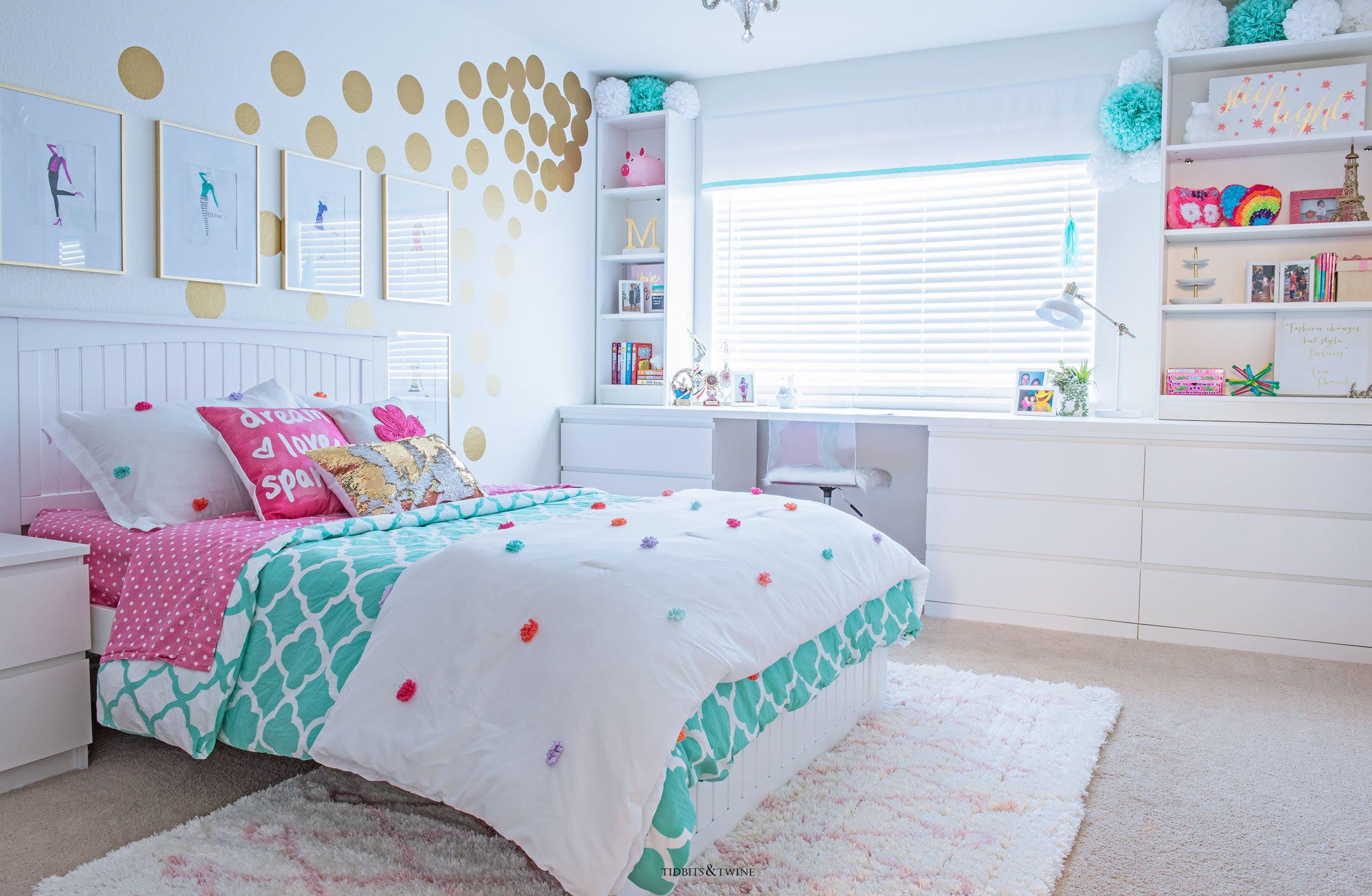 Tween Girl s  Bedroom Makeover REVEAL TIDBITS TWINE