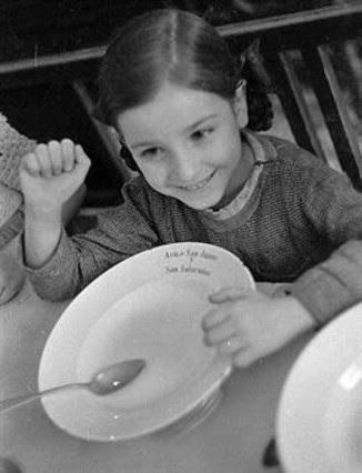 Un orfanato en Madrid. Agosto o septiembre de 1936.