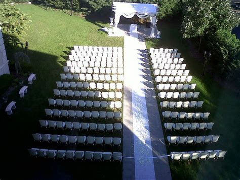 Outdoor wedding at the Wilshire Grand Hotel in West Orange
