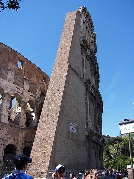 File:Colosseum (Rome) 4.jpg