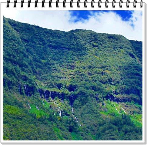 - HELL-BOURG 3/4 (Réunion)
