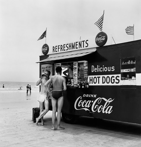 refreshment-stand-daytona-beach-florida-1954