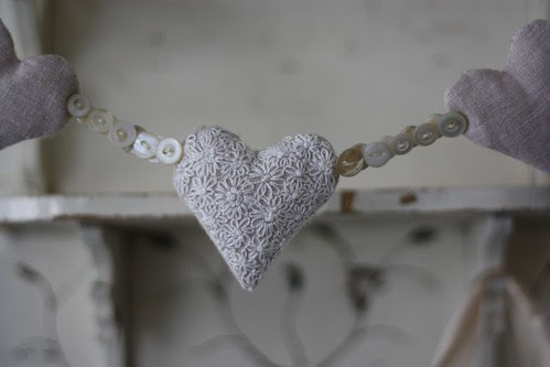 Embroidered linen Heart