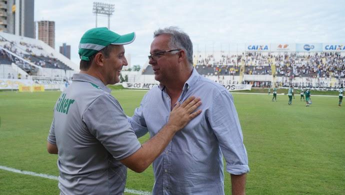 ABC x Alecrim - Anthoni Santoro, técnico do Alecrim - Josué Teixeira, técnico do ABC (Foto: Augusto Gomes/GloboEsporte.com)