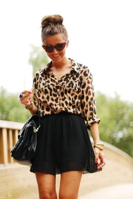 8 ways to wear classic black skirt in springsummer