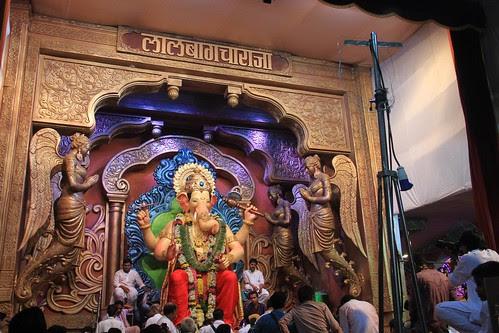 Lalbagh Chya Raja Visarajan 2013 by firoze shakir photographerno1