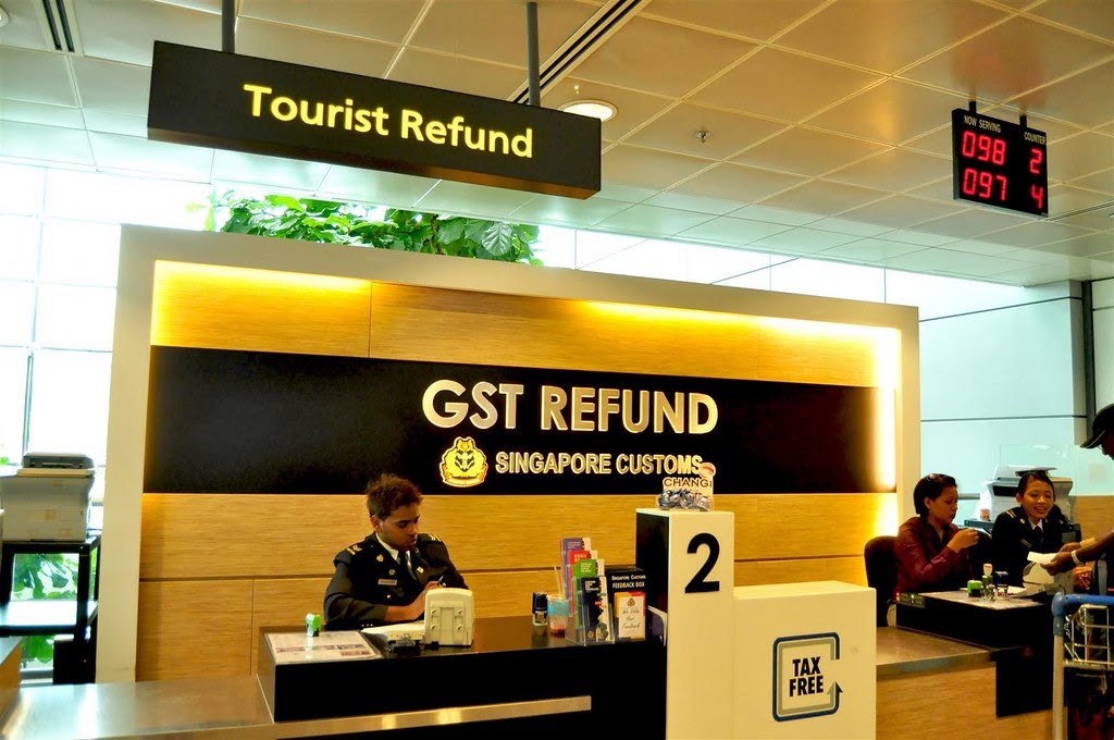 Kết quả hình ảnh cho Hoàn thuế singapore