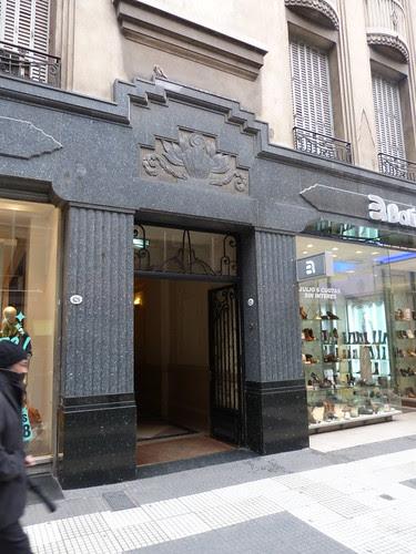 620-622 Calle Florida, Buenos Aires