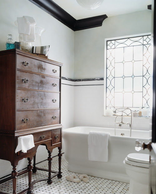 external image traditional-bathroom.jpg
