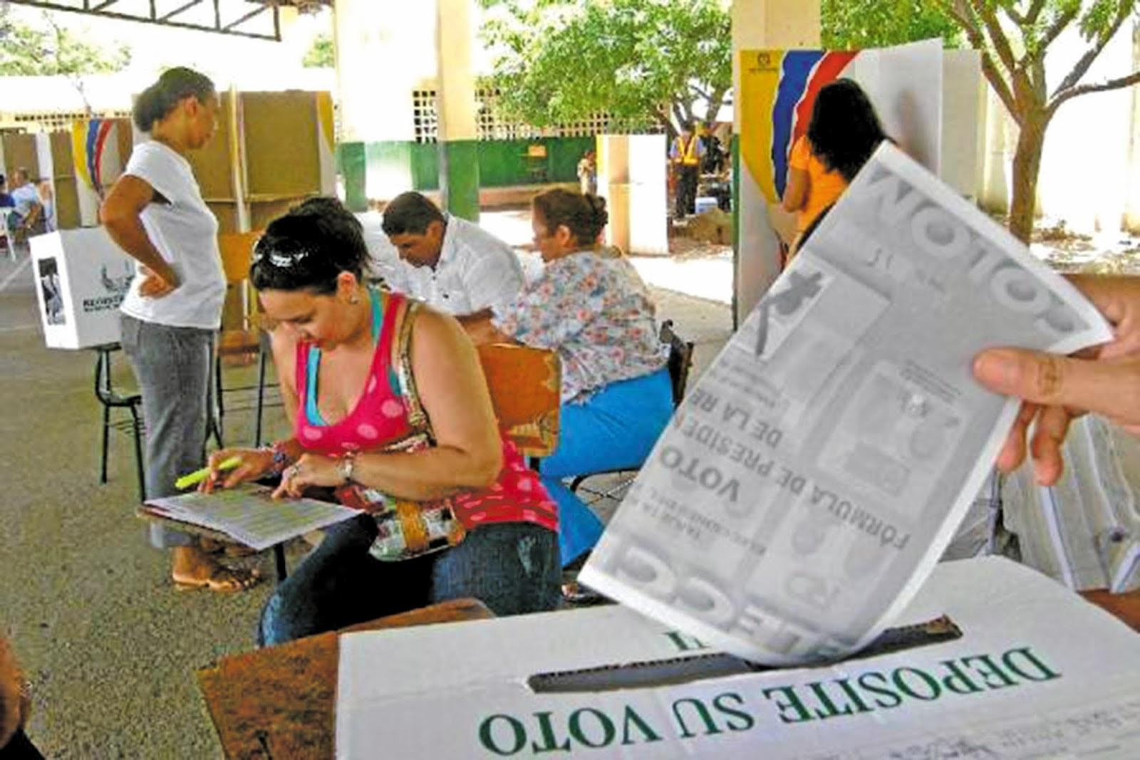 Resultado de imagen para urnas de votacion en colombia