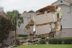 Damage to buildings caused by a sinkhole 40 to 50 in …