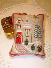 Xmas house exchange ( ornament)