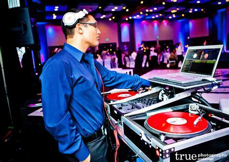 Wedding Music: Band vs. Dj   Wedding Planner Malta