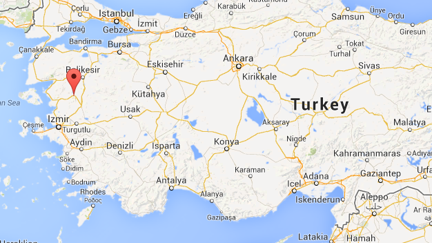 Turkey 300 Miners Trapped 2km Underground After Explosion